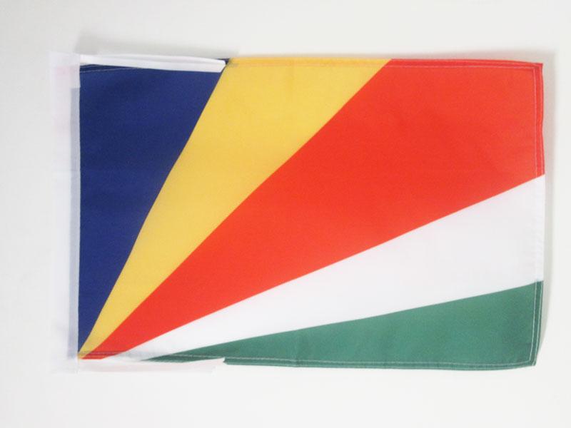 100% QualitäT Flagge Seychellen 45x30cm Mit Kordel - Republik Seychellen Fahne 30 X 45 Cm - F Im In- Und Ausland FüR Exquisite Verarbeitung, Gekonntes Stricken Und Elegantes Design BerüHmt Zu Sein
